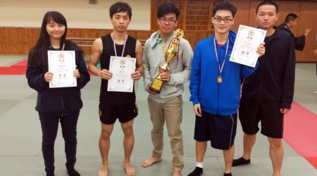 第五屆台大盃散打搏擊交流賽,龍華科大獲頒校際總錦標第二名,選手整體表現優異。